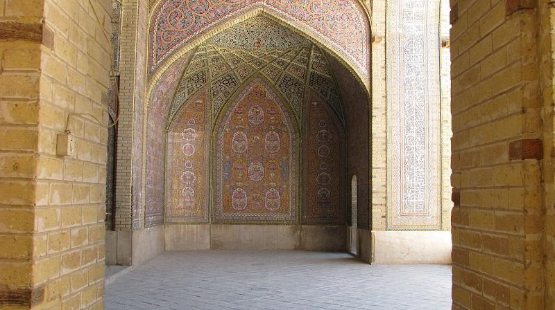 ایوان مسجد نصیرالملک