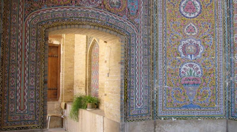 ایوان ورودی مسجد نصیرالملکایوان ورودی مسجد نصیرالملک